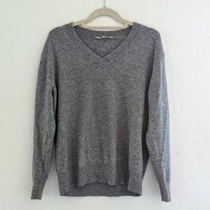 Everlane Cashmere V Neck Sweater
